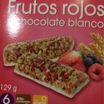Barritas de cereales con frutos rojos y chocolate blanco