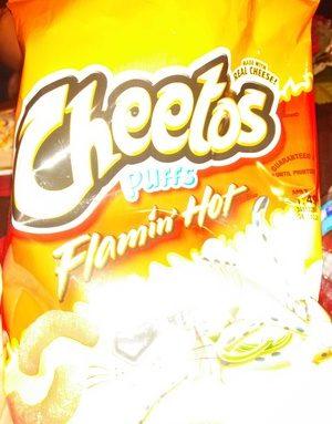 Cheetos puffs - Flamin' Hot