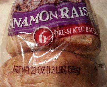 Cinnamon raisin baggel