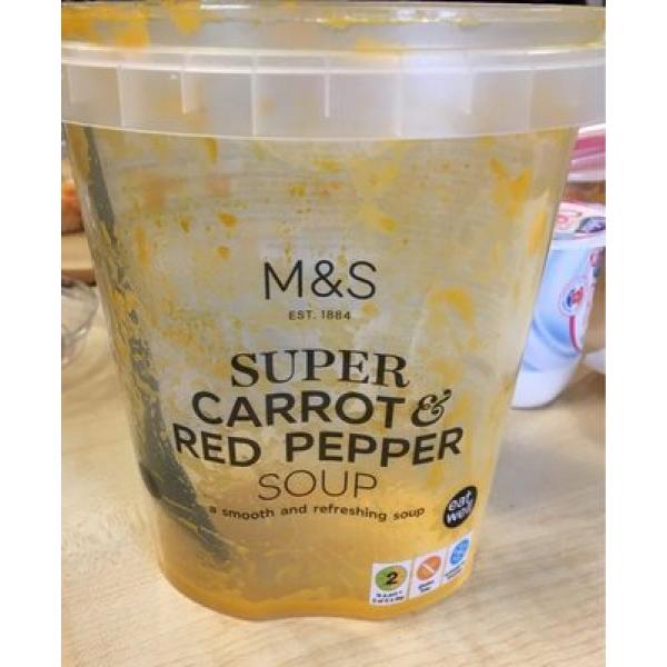 Super carrot & red pepper soup
