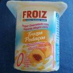 Yogur desnatado con trozos de melocotón 0% materia grasa