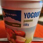 Yogurt pomme