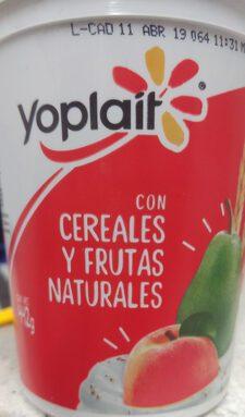 Yoplait: Cereales y frutas naturales
