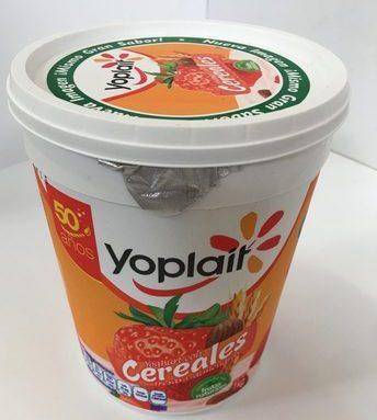 Yoplait Yoghurt con cereales Fresas y almendras
