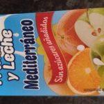 Zumo frutas y leche mediterráneo