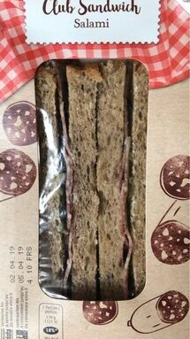 Club sandwich salami